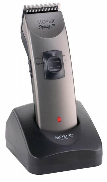 Netz-Akku-Schermaschine Styling III von Moser mit Ladeschale
